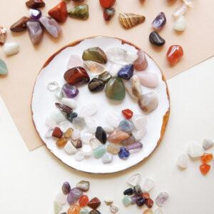 zestaw małych kamieni